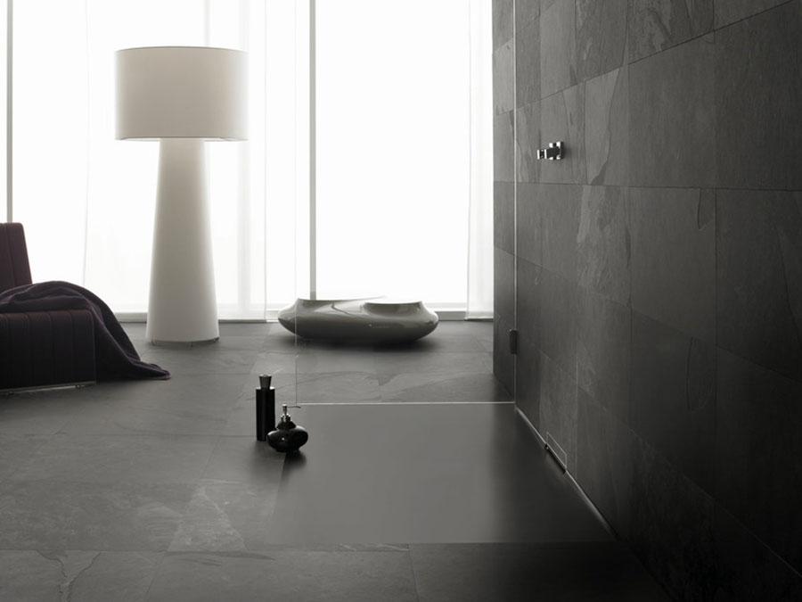 Modello di doccia a filo pavimento n.02