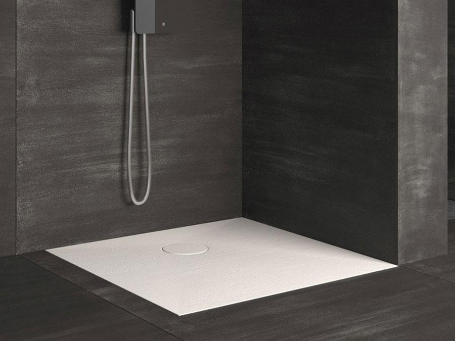 Modello di doccia a filo pavimento n.07