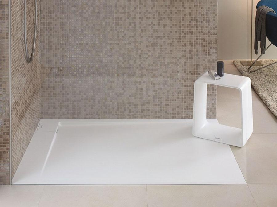 Modello di doccia a filo pavimento n.10