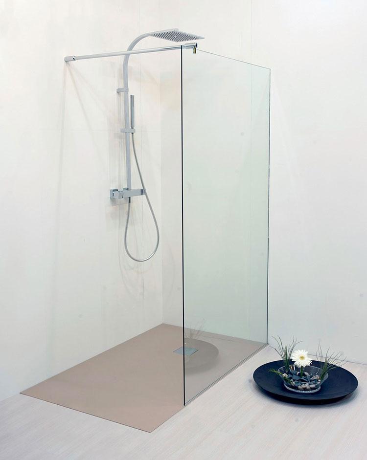 Modello di doccia a filo pavimento n.12