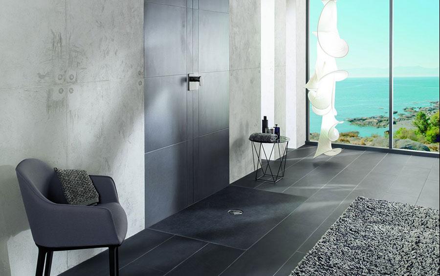 Modello di doccia a filo pavimento n.19