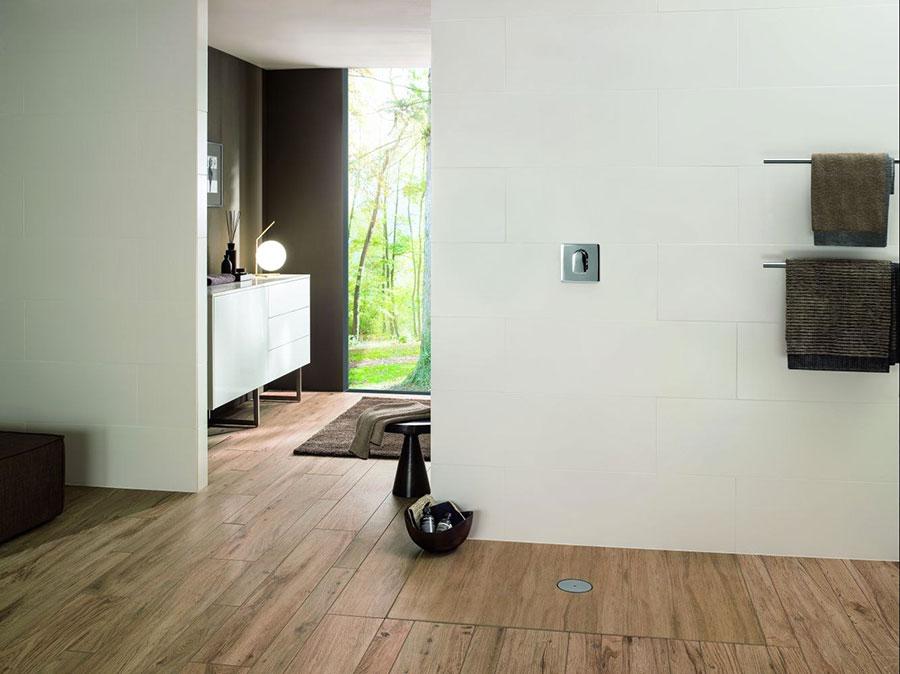 Modello di doccia a filo pavimento n.20