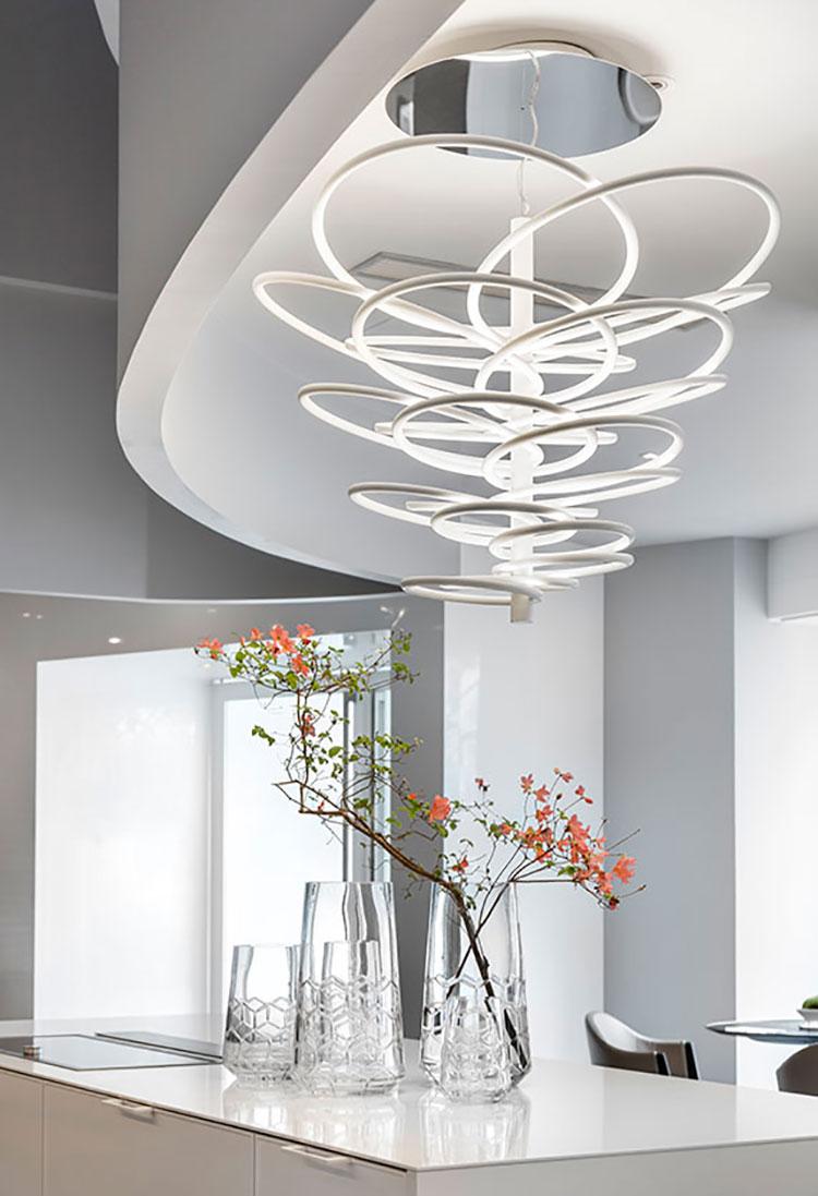 Modello di lampadario marca Flos n.01