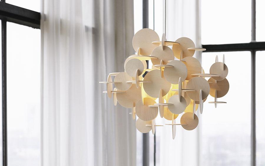 Modello di lampadario marca Normann Copenhagen n.01