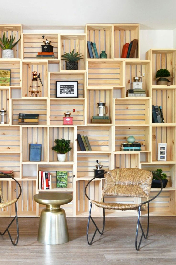 Come costruire una libreria fai da te con cassette della frutta n.1