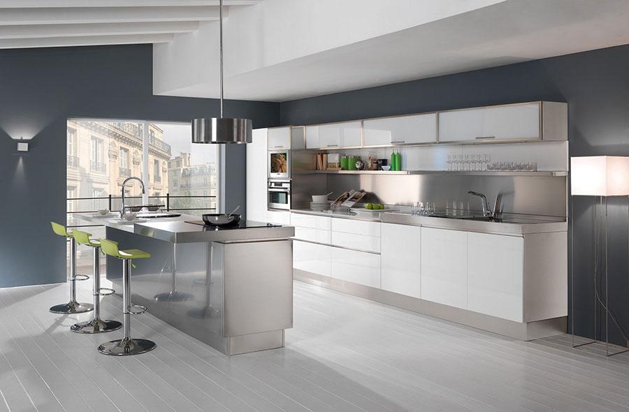 Paraschizzi per Cucina in Acciaio: Ecco 16 Diverse Idee ...