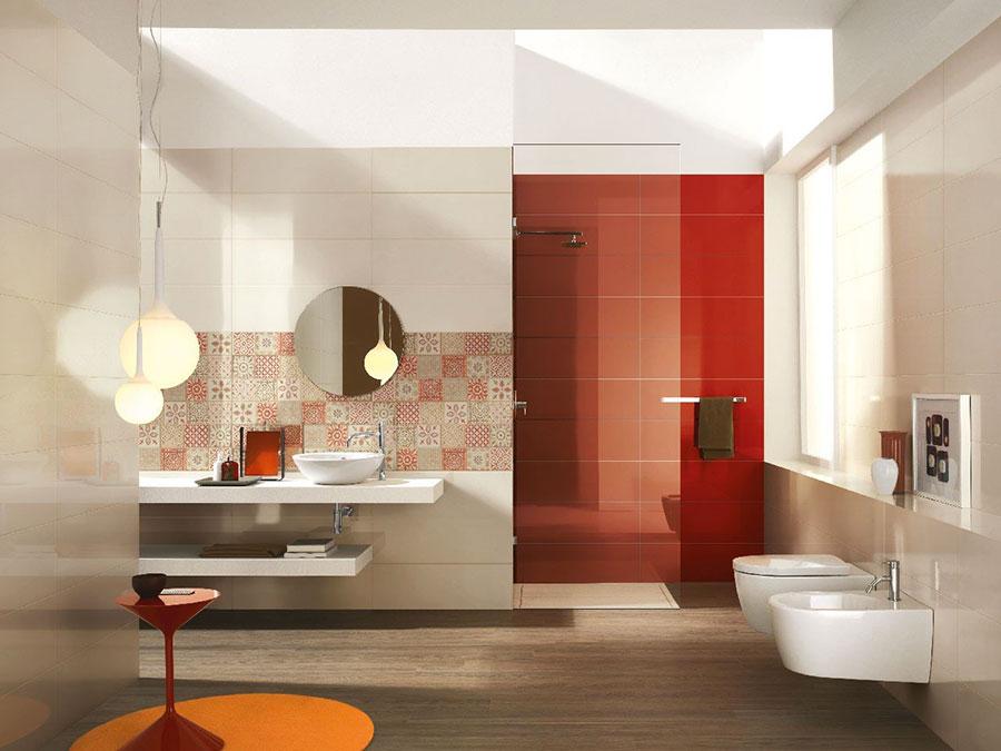 Idee per arredare un bagno rosso e bianco 07