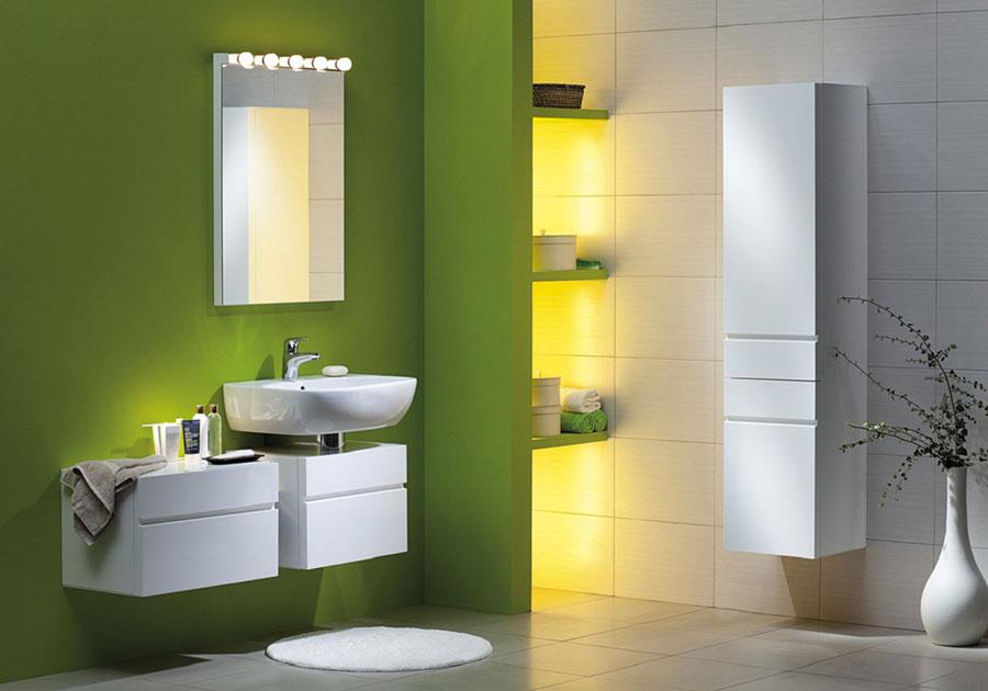 Idee per un bagno verde e bianco 2