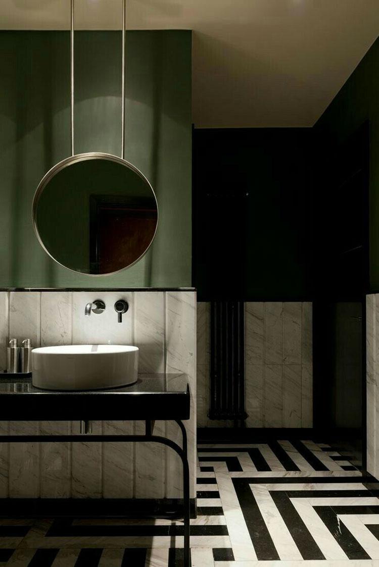 Idee per un bagno verde scuro 3