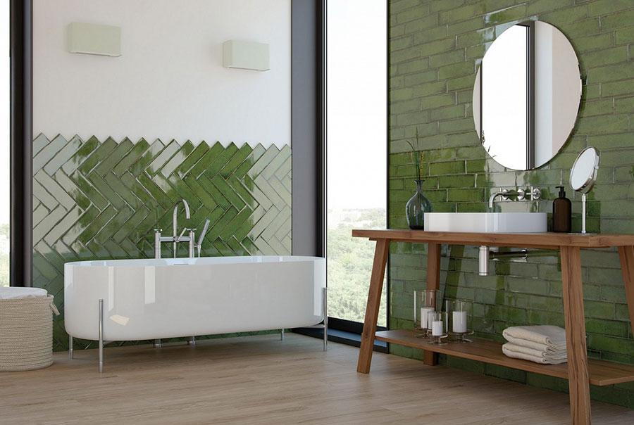 Idee per un bagno verde smeraldo 3
