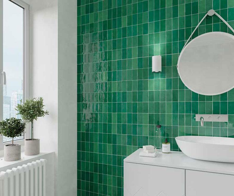 Idee per un bagno verde smeraldo 4
