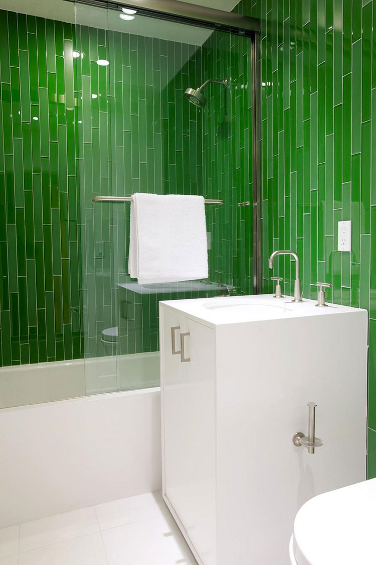 Idee per un bagno verde smeraldo 5