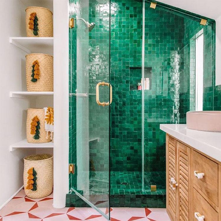 Idee per un bagno verde smeraldo 7