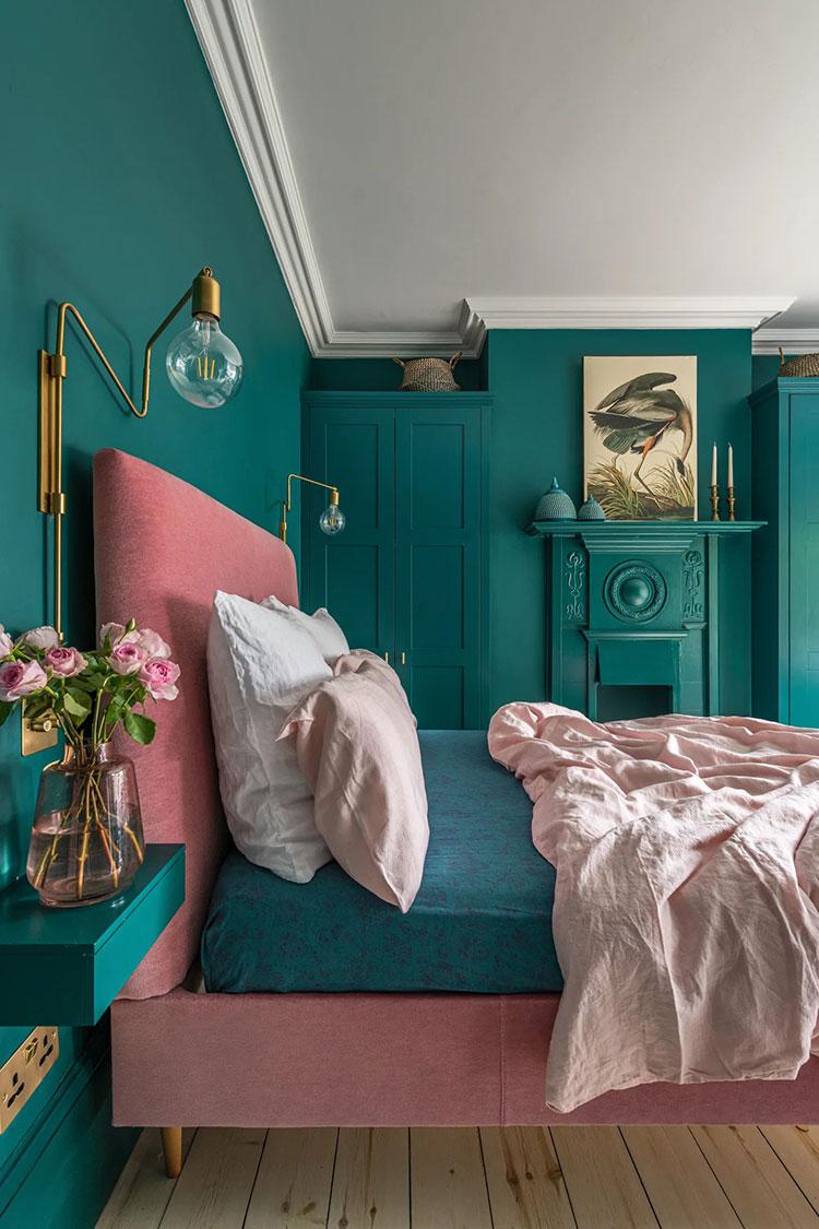 Idee per una camera da letto verde petrolio n.3