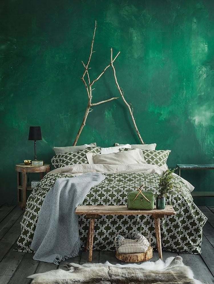 Idee per una camera da letto verde smeraldo n.1