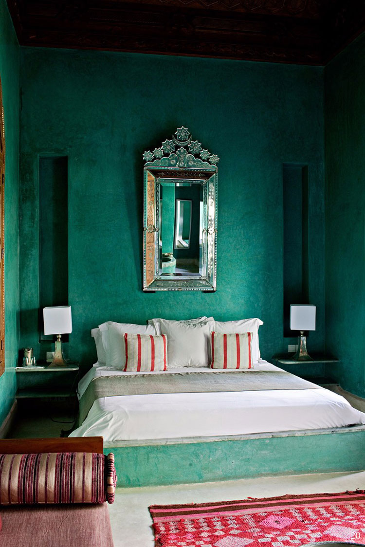 Idee per una camera da letto verde smeraldo n.3