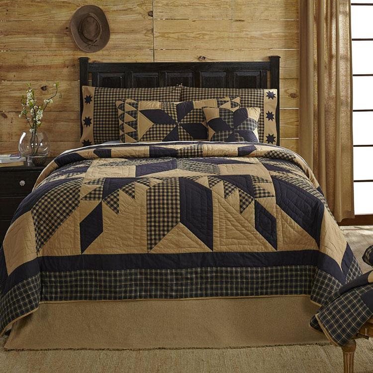 Tessuti patchwork per arredare una camera da letto country chic n.02