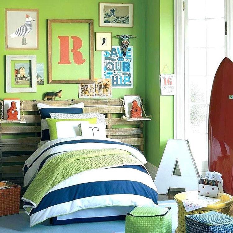 Idee per arredare e decorare una cameretta verde mela n.04