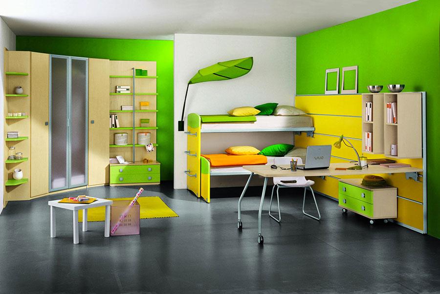 Idee per arredare e decorare una cameretta verde e gialla n.02