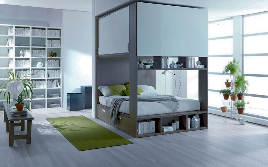 Modello di letto a soppalco matrimoniale con armadio n.03