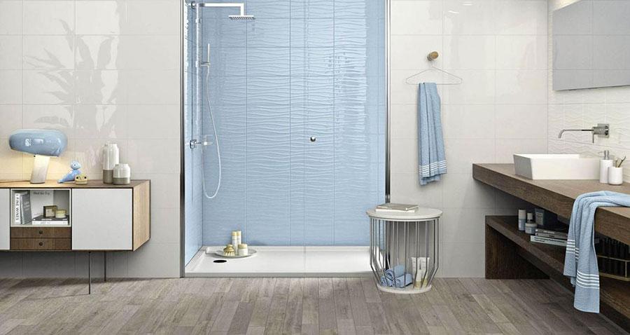 Idee per bagno di colore azzurro n.06