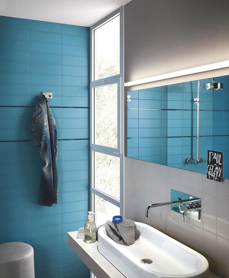 Idee per bagno di colore azzurro n.11
