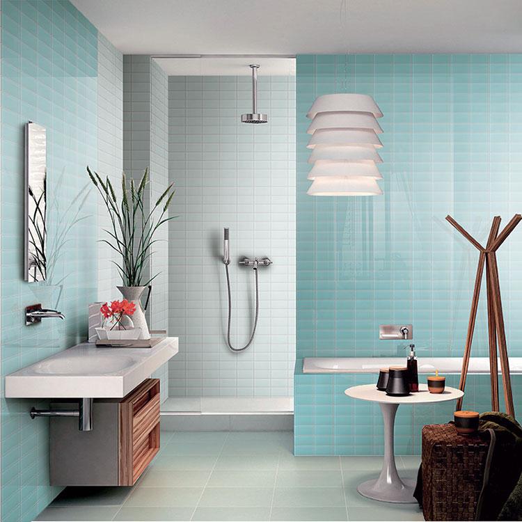 Idee per bagno di colore azzurro n.18