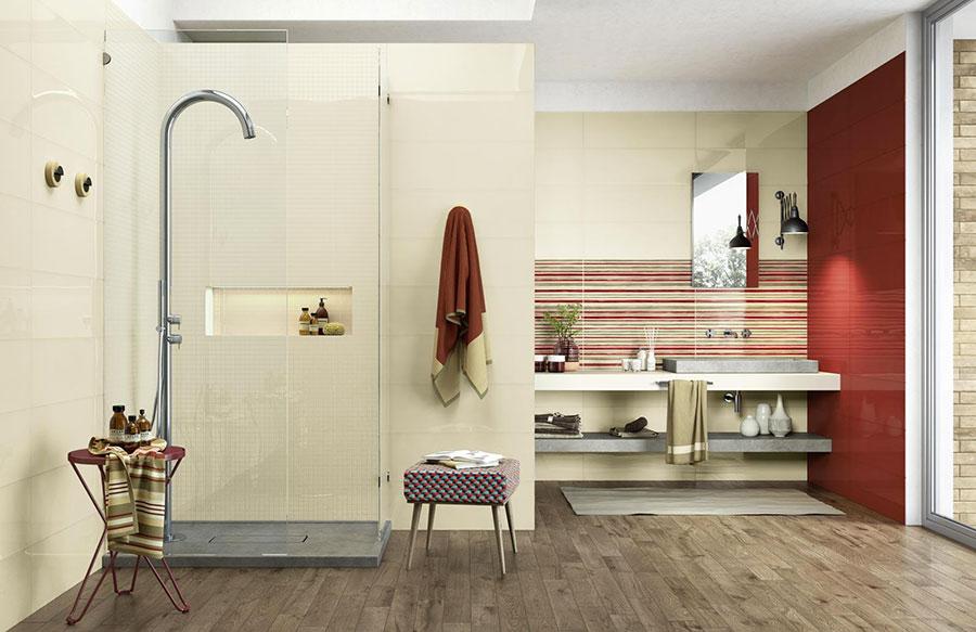 Piastrelle per bagno beige e rosso n.01