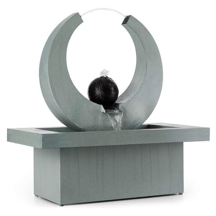 Modello di fontana solare da giardino n.17