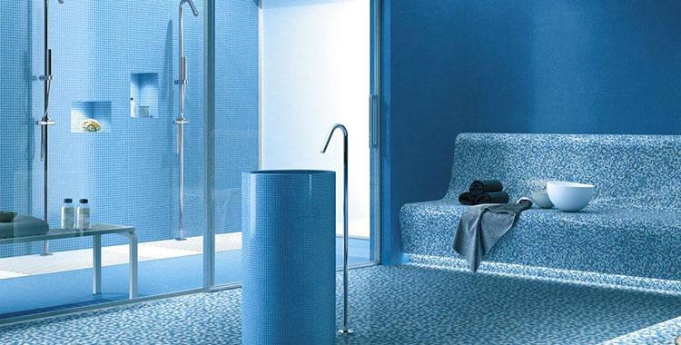 Arredo Bagno Colore Azzurro.Bagno Azzurro 20 Idee Originali Per Rivestimenti E Mobili