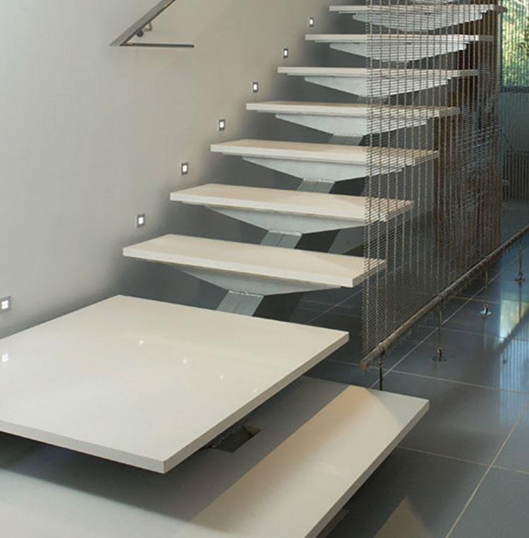 Idee per rivestimenti per scale interne in Silestone