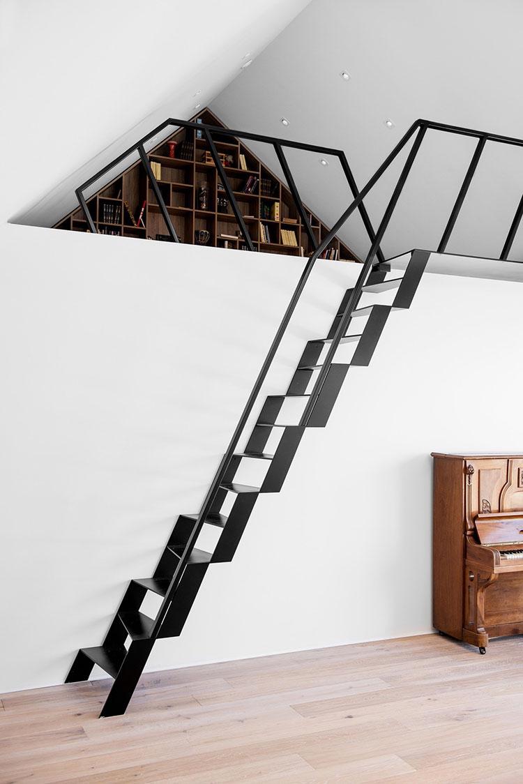 Modello di scale interne salvaspazio n.04