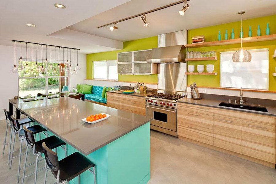 Idee per una cucina colorata moderna n.17