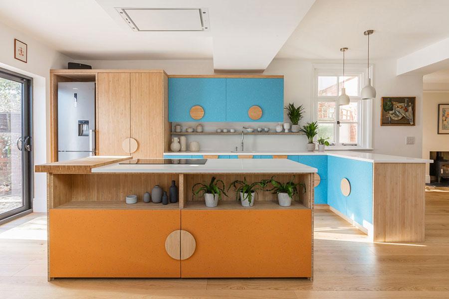 Idee per una cucina colorata vintage n.02