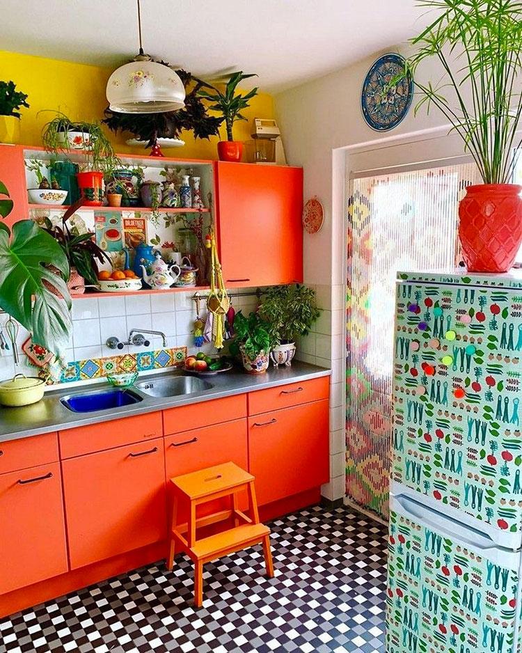 Idee per una cucina colorata vintage n.04