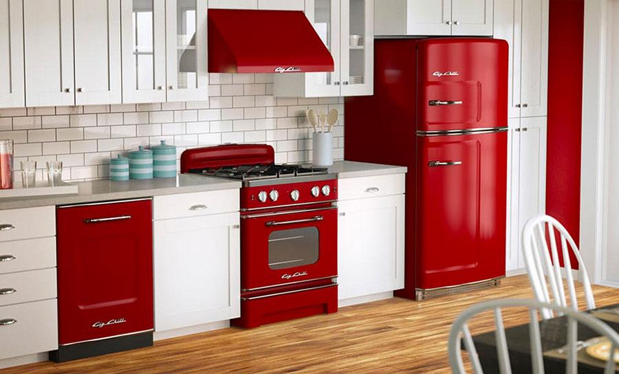 Idee per una cucina colorata vintage n.09