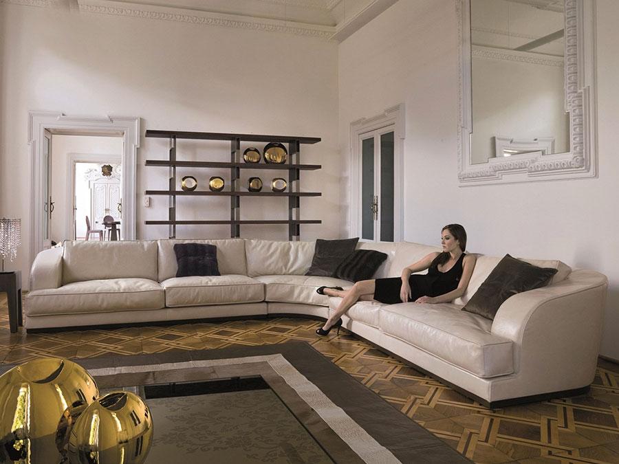 Modello di divano con angolo tondo n.07