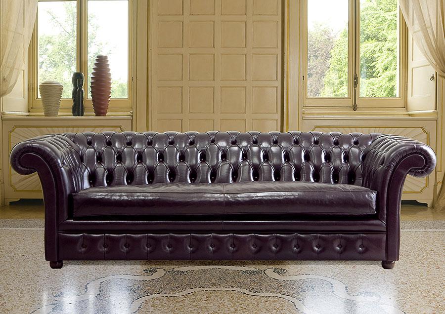 Modello di divano Divano Chesterfield a tre posti n.03