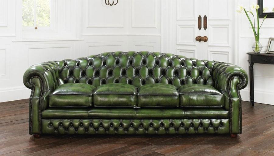 Modello di divano Divano Chesterfield verde