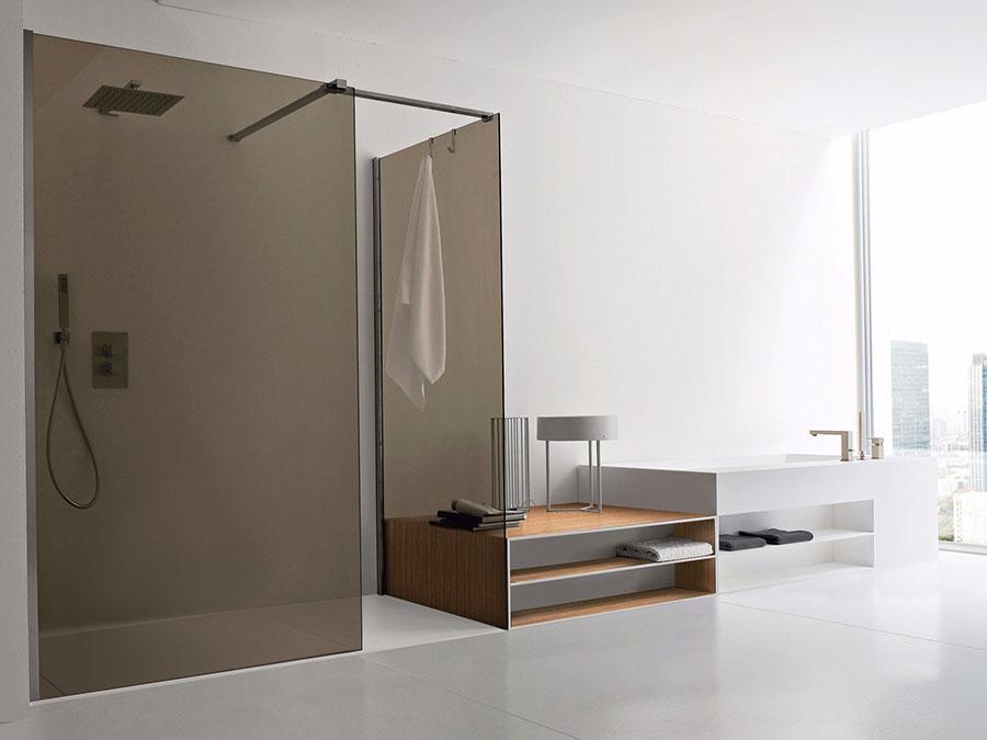 Modello di doccia walk-in ad angolo n.01