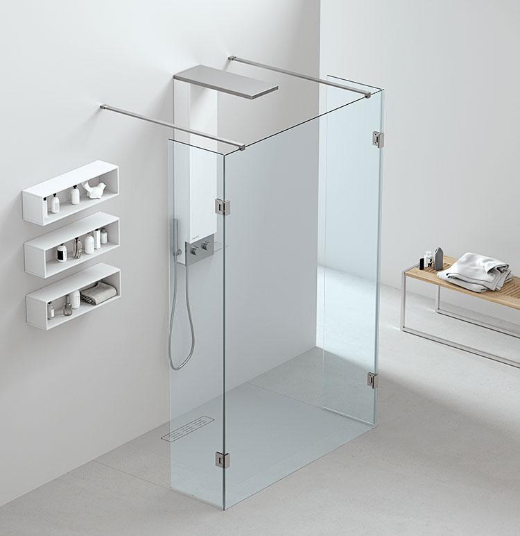 Modello di doccia walk-in con anta mobile n.01
