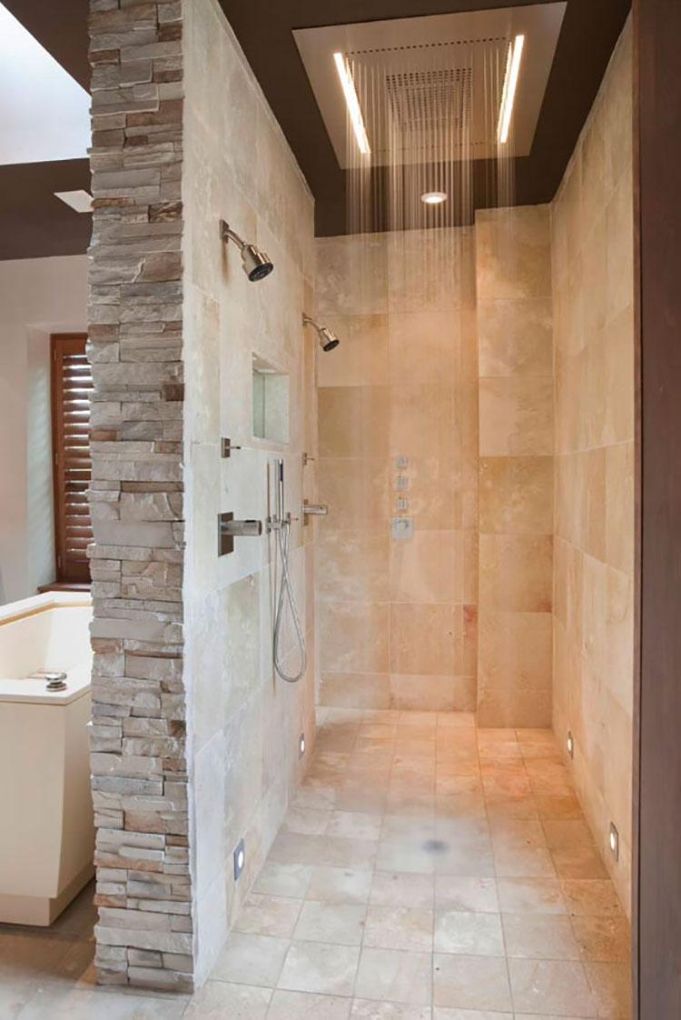 Modello di doccia walk-in in muratura n.01