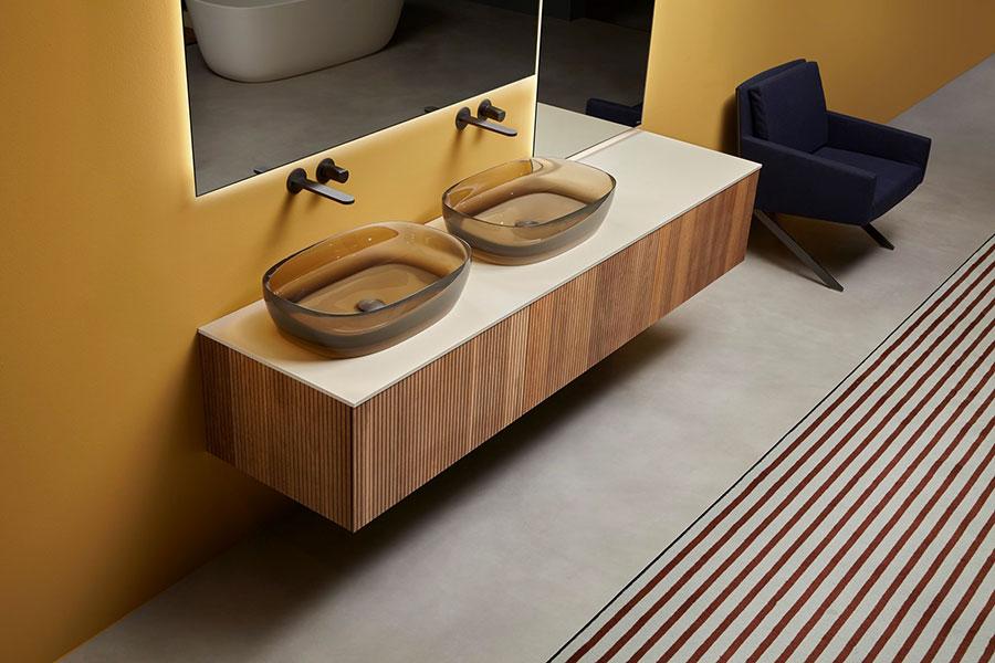 Modello di mobile bagno sospeso di design n.02