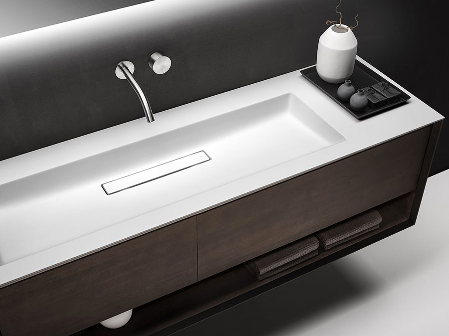 Modello di mobile bagno sospeso di design n.10
