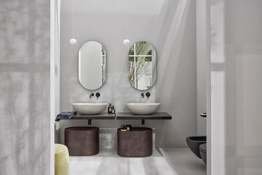 Modello di mobile bagno sospeso con doppio lavabo n.04