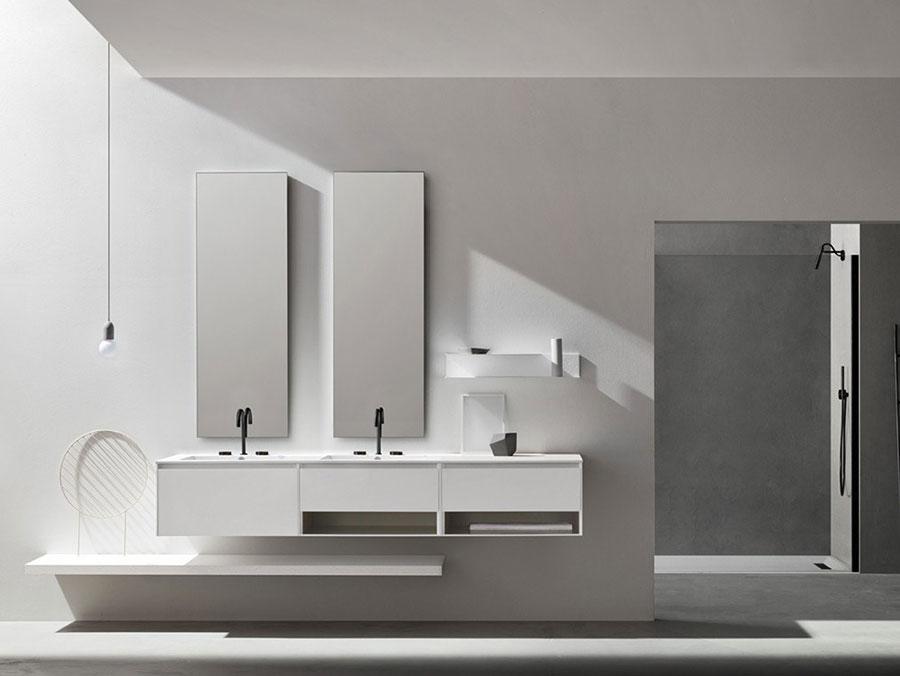 Modello di mobile bagno sospeso con doppio lavabo n.07
