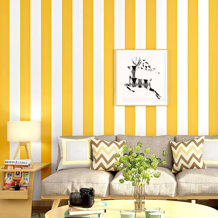Idee per pareti a righe verticali colorate n.01