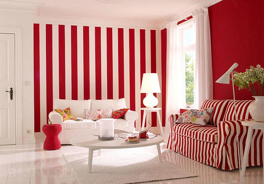 Idee per pareti a righe verticali colorate n.02