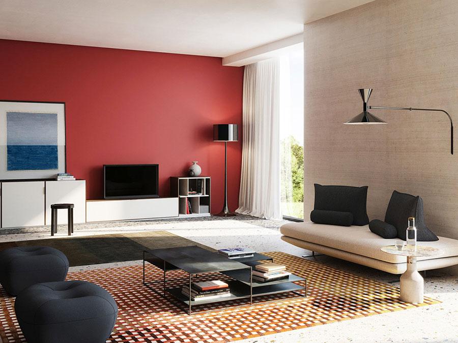 Idee per arredare un salotto con pareti e accessori rossi n.03