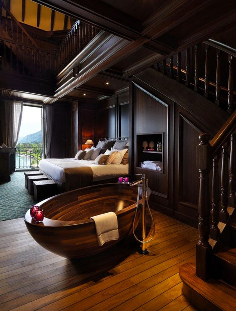 Idee per inserire una vasca da bagna in una camera da letto classica n.02
